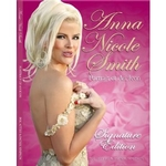 Anna Nicole Smith: Portrait of an Icon