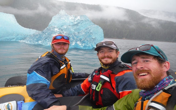 Trio of friends paddle from Alaska to Washington