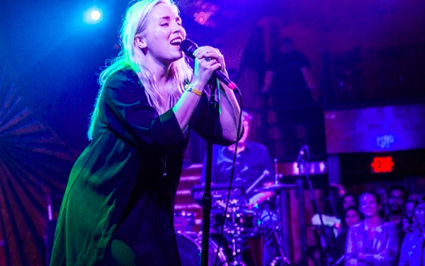 Mr Little Jeans Brings Otherworldliness to WeHo's Troubadour (PHOTOS)