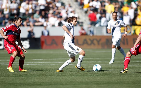 L.A. Galaxy Open Season With 4-0 Win