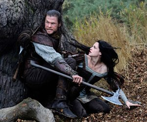 Snow White and the Huntsman DVD/Blu-ray