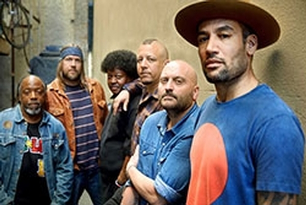 Ben Harper & The Innocent Criminals Live Performance - Free & All Ages