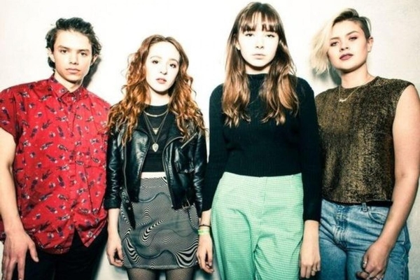 The Regrettes LP Signing