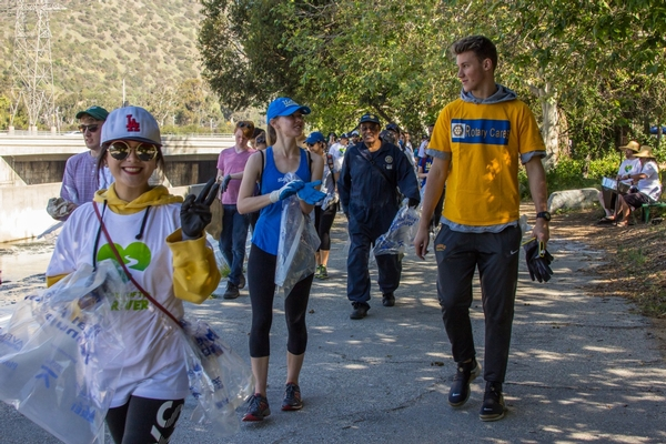 30th Annual Great River CleanUp / La Gran Limpieza