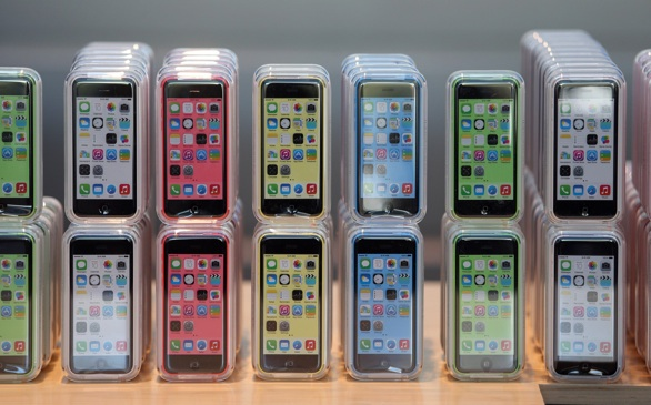 iPhone 5c Prices Decrease; Only $45 at WalMart
