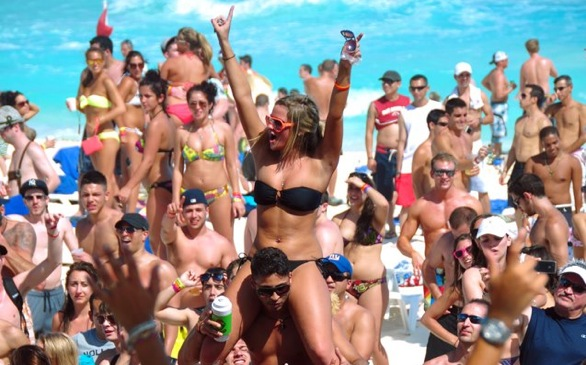 Spring Break Dos and Don'ts for College Students