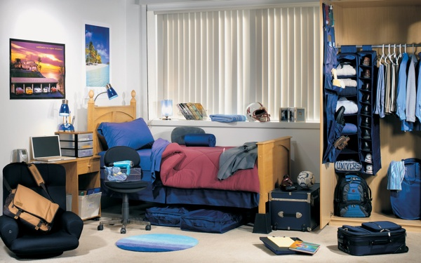 This is Why it's OK to Have a Messy Dorm Room