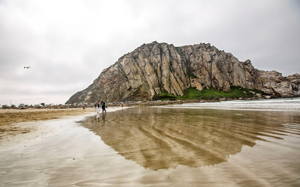 To climb Morro Rock or not? Question divides 2 Native American tribes