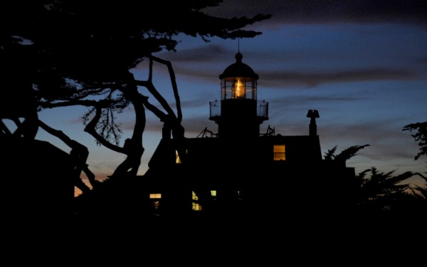 California's Point Pinos Lighthouse continues to shine