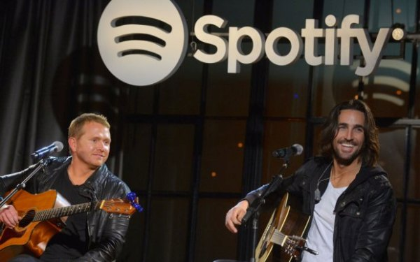 Spotify adds video, news and podcasts to streaming service