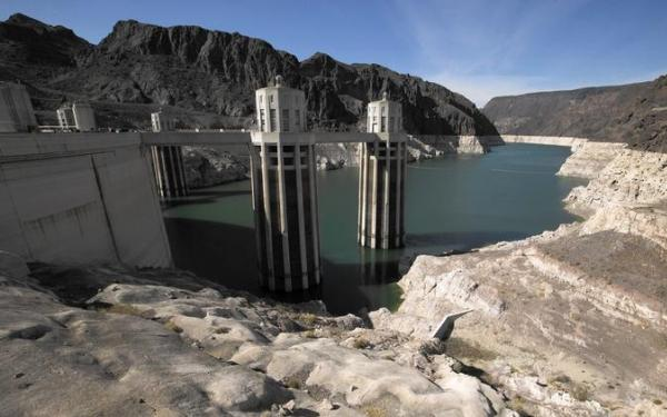 Lake Mead hits a new low, but the drought has a silver lining - tourism