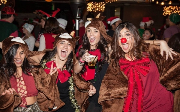 SANTA Monica Pub Crawl Celebrates 10 Years Saturday, Dec. 8, 2018