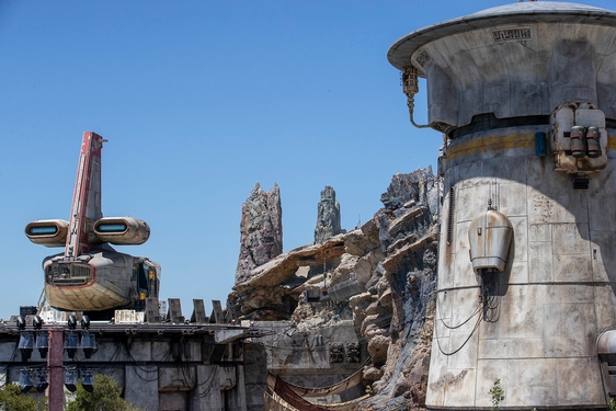 Disney's Millennium Falcon: Smugglers Run is a fully realized 'Star Wars' toy