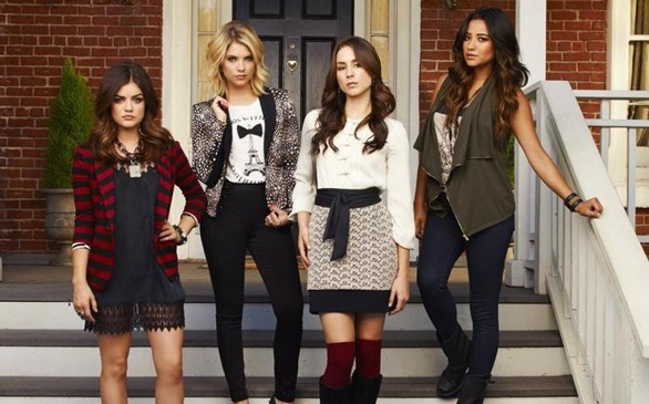 Pretty Little Liars: The Complete Third Season