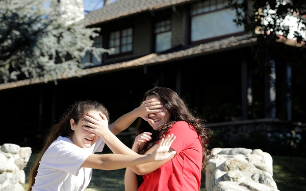 Fans flock to 'Bird Box' house in Monrovia, Calif., to pose in photos as craze over film soars