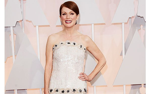 Oscars 2015: Red carpet fun with Moore's sequins, Nyong'o's pearls, more