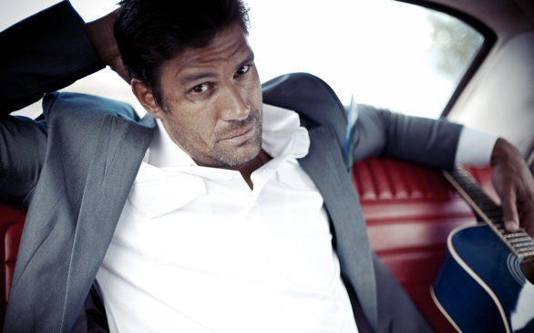 photo of Manu Bennett  - car