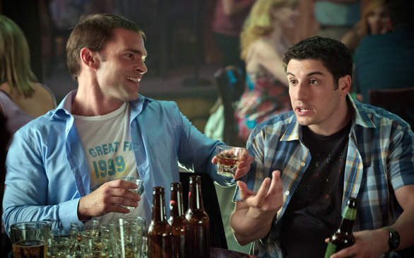 <i>Pie</i> Cast Reunites for More Raunchy Hijinks in <i>American Reunion</i>