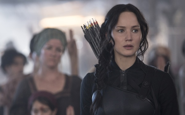 Jennifer Lawrence Marvelous in <i>Hunger Games: Mockingjay Part 1</i>