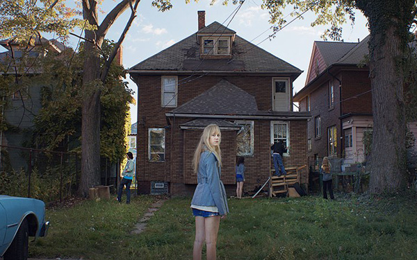 <i>It Follows</i>, the stuff nightmares are made of