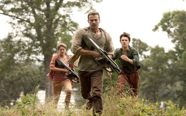 Exclusive interview with the cast and crew of <i>Insurgent</i>