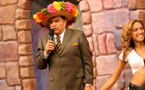 Univision retires 'Sábado Gigante' after 53 years