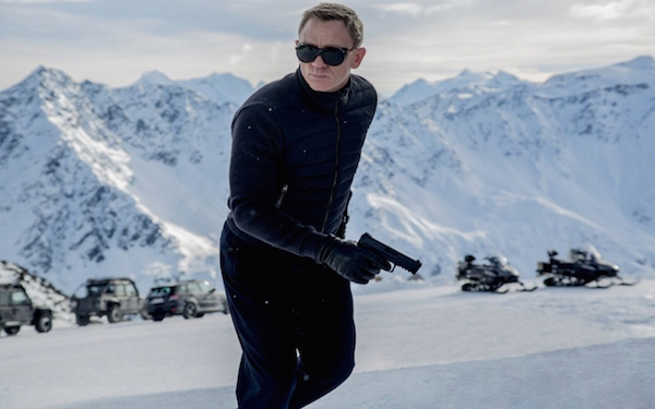2015 holiday movie preview: 'Spectre,' 'Star Wars: The Force Awakens' and more
