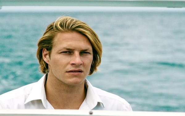 'Point Break' star Luke Bracey loves lights, cameras and especially action