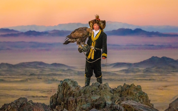 'Eagle Huntress' an amazing tale of girl power