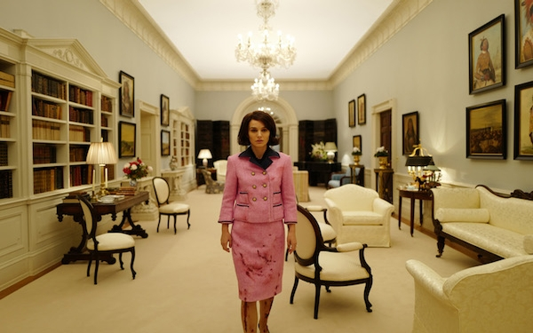 Natalie Portman embodies arresting portrait of a first lady in 'Jackie'