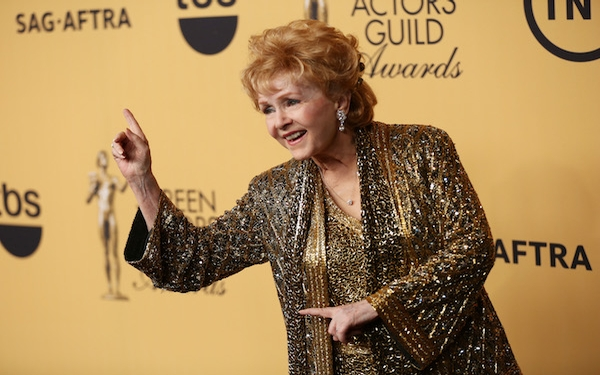 Breaking News! - Debbie Reynolds, 'Singin' in the Rain' star, mother of Carrie Fisher, dies at 84