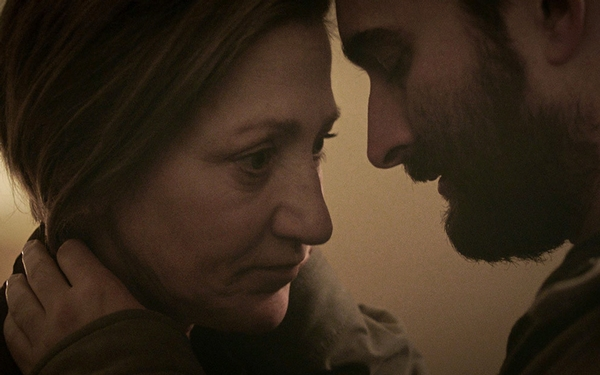 In Lynn Shelton's moving drama 'Outside In,' Jay Duplass is poignant as an ex-con in love