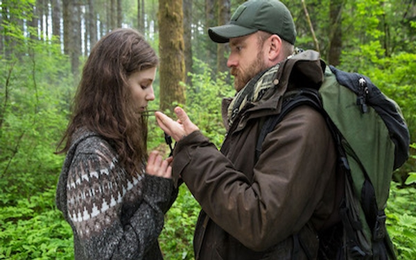 Debra Granik explores the bond between father and daughter in the timely drama 'Leave No Trace'