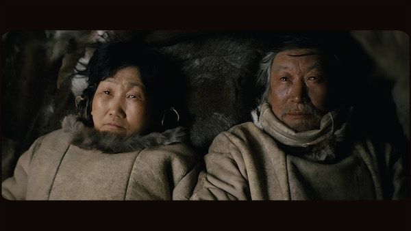 A man named Nanook lives in a yurt and goes his own way in 'Ága'