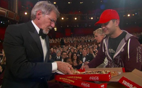 UPDATE: L.A. Pizzeria Gets Lots of Business After Delivery Guy Serves Stars at Oscars
