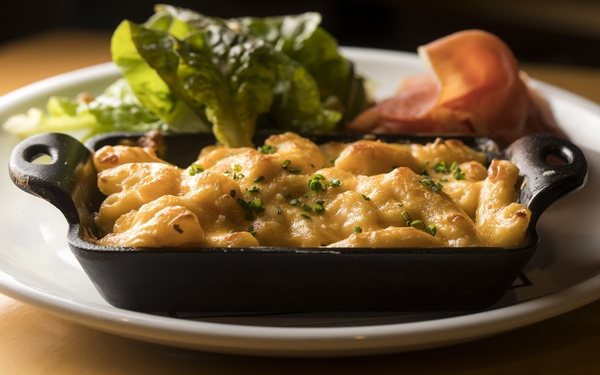 Edouardo Jordan gives up his recipe for the world's greatest mac 'n' cheese