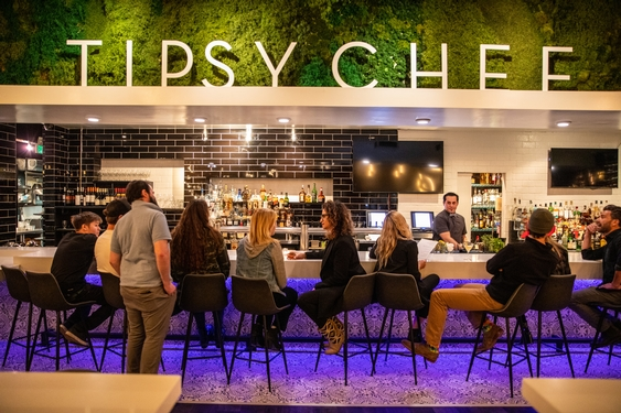 Tipsy Chef Brings Together Cocktails, Cuisine and Community