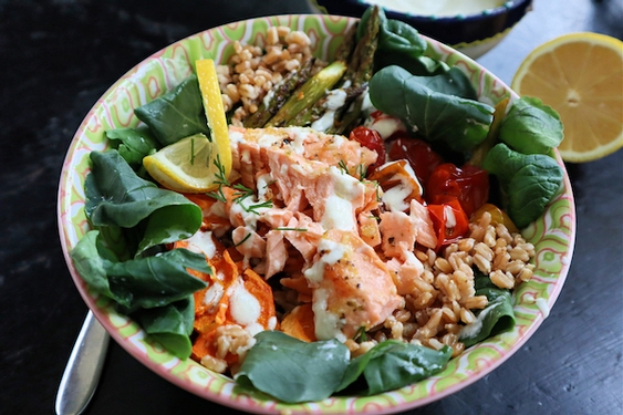Lemon-garlic salmon farro bowl
