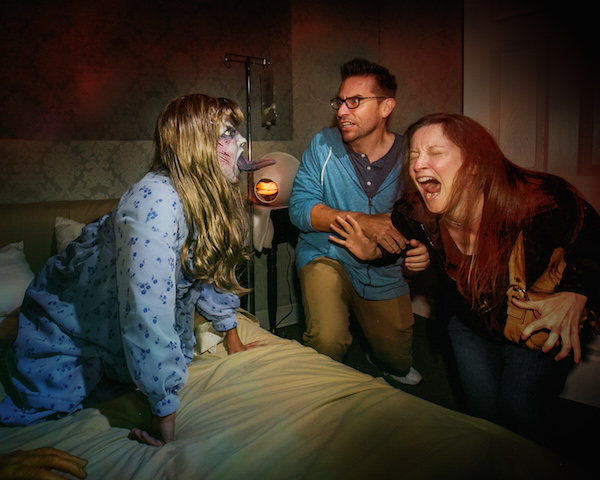 Halloween Horror Nights - Save up to $35 on tix thru CC.