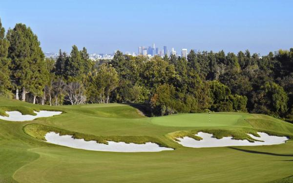 Golf designer digs up a classic at L.A. Country Club