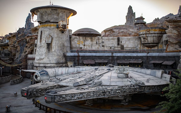 Disneyland's New Star Wars: Galaxy's Edge