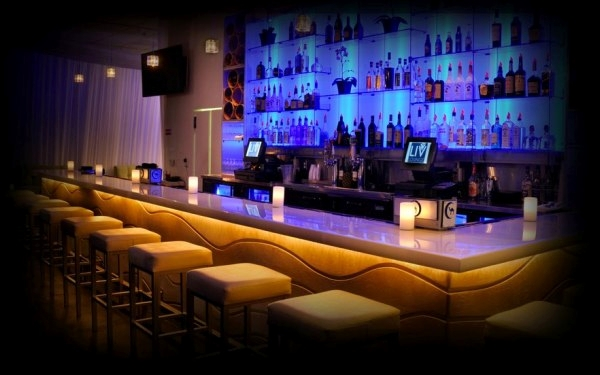 2 For 1 Drinks @ Live Mixx Lounge
