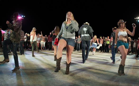 Stagecoach 2014: Country Festival is Young Fans' Kinda Party