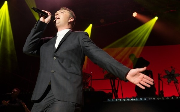 Sam Smith's Soulful Vocals Bring Some Fans to Tears During Greek Performance