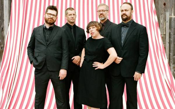Decemberists find new joy in a 'Terrible World'