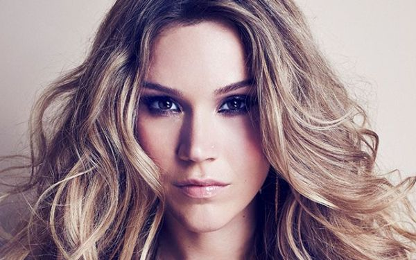 Joss Stone explains the worldly influences on 'Water for Your Soul,' her new album