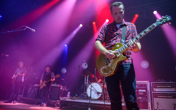 Songwriter Jason Isbell reaches for 'Something More'