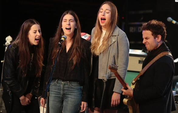 Haim's 'Summer Girl' is like a mash note to L.A.