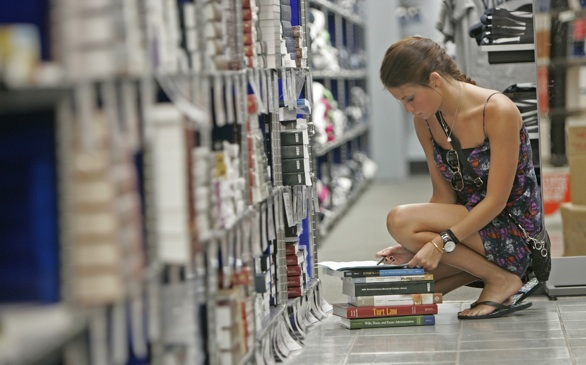 Cost of Textbooks Outweighs Education