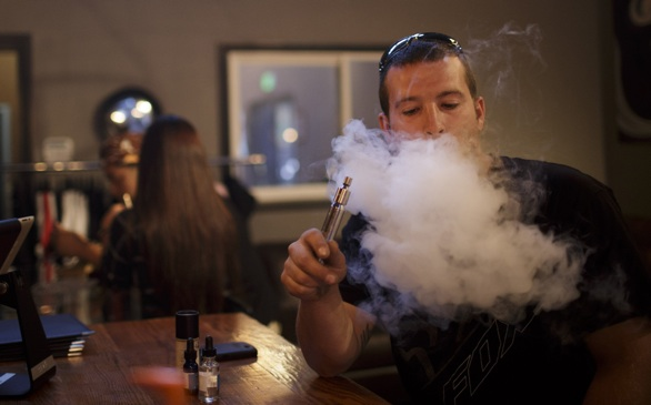 L.A. Bans E-Cigarettes, 'Vaping' in Most Public Places